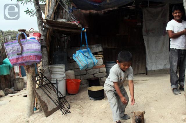 Puebla, tercero con más pobres;  Barbosa endosa parte a la IP