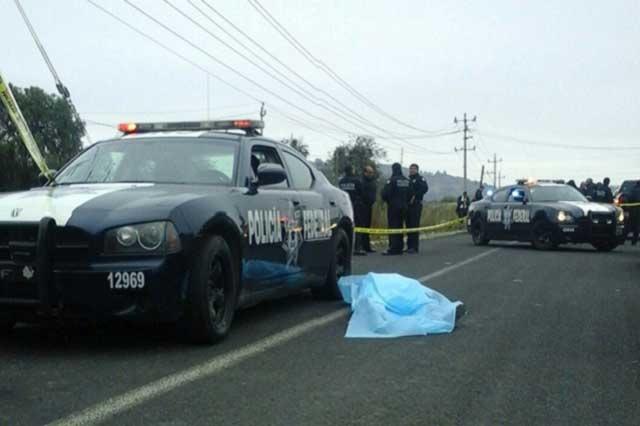 Asaltantes asesinan a un policía durante huida en Puebla