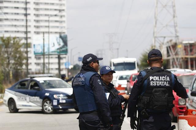 Desplazan de la capital a Juntas Auxiliares a 36 policías y se oponen