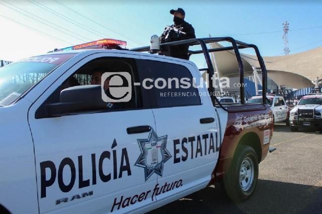 Policías atropellan a ciclista y casi los linchan en Galaxia La Calera