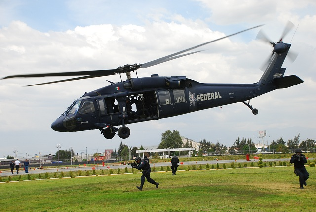 Helicóptero de la Policía Federal se desploma en Jalisco
