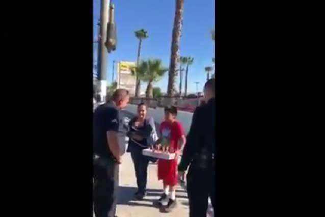 VIDEO: Policías asustan y hacen llorar a inmigrantes en Acción de Gracias
