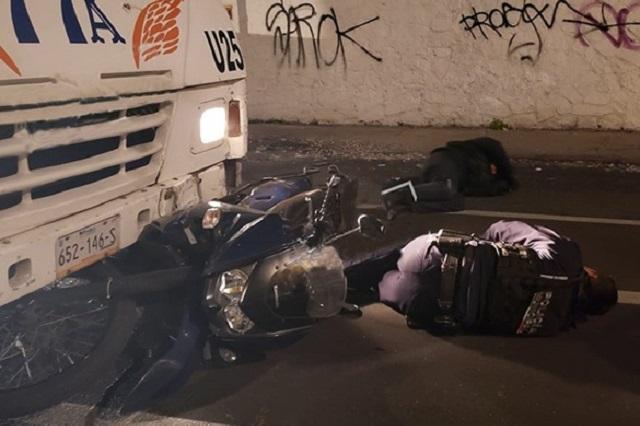 Ruta 77-A atropella a dos policías municipales de Puebla