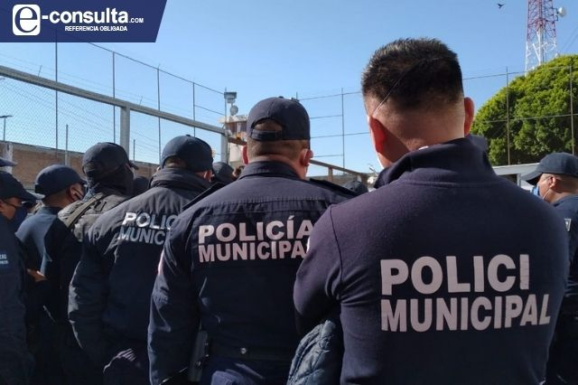 Detienen a policías de Tehuacán por colusión con delincuentes