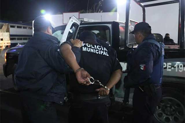 Vinculan a proceso a policías municipales de Puebla
