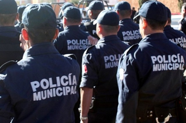 En paro policías de Ocoyucan; les dieron incompleto el aguinaldo