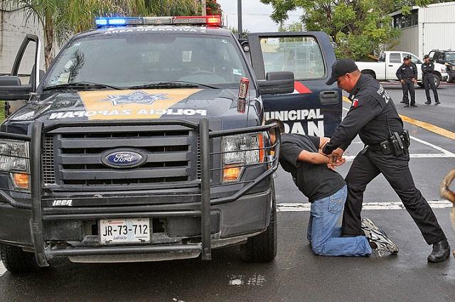 Sólo en estos casos un policía puede realizarte una inspección a ti o a tu vehículo