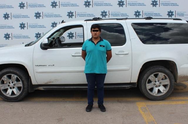Rescatan a 10 migrantes y detienen a pollero en Puebla