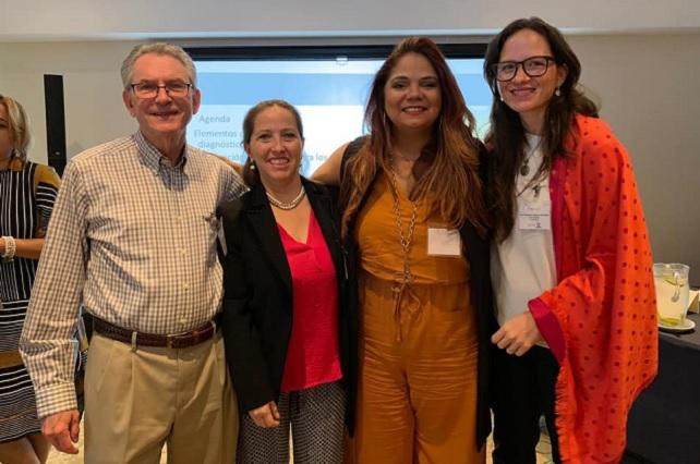 Psicóloga de Anáhuac Puebla presenta ponencia en Costa Rica
