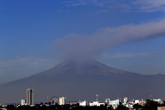 Popocatépetl aumenta actividad con 466 exhalaciones y 10 explosiones