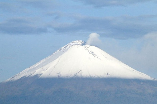 Continúa semáforo de alerta volcánica en amarillo fase dos