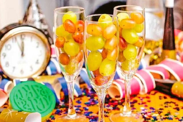 ¿Por qué se comen 12 uvas en Año Nuevo?