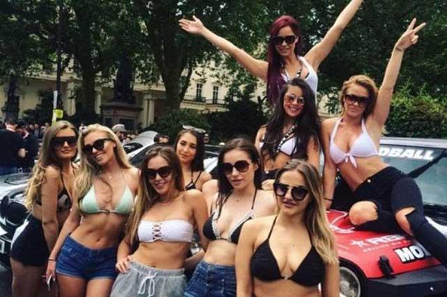 Club de futbol despide a sus porristas por ser muy sensuales