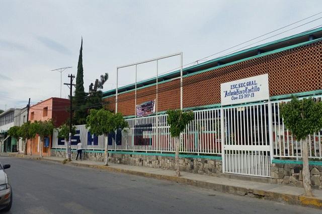 Cumple 65 años secundaria Gral. Antonio Nava Castillo de Ixcaquixtla