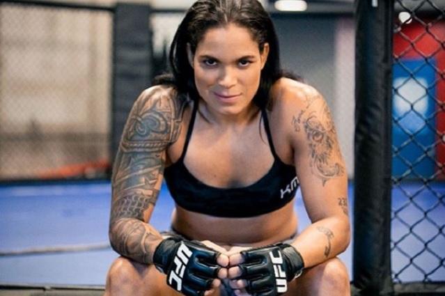 Campeona de UFC decide desnudarse previo a su pelea