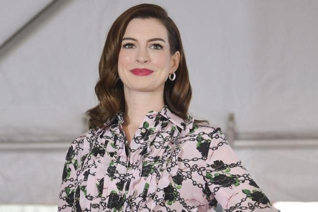 Anne Hathaway presume embarazo en redes
