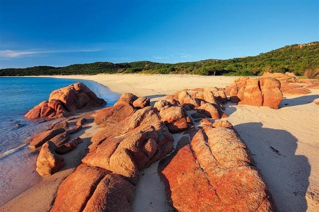 En esta playa, llevarte arena cuesta hasta 6 años de cárcel