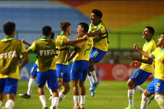 Brasil vence a México 2-1 y es campeón del mundo Sub-17