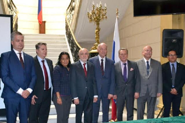 Participará BUAP en experimento del colisionador de iones, en Rusia