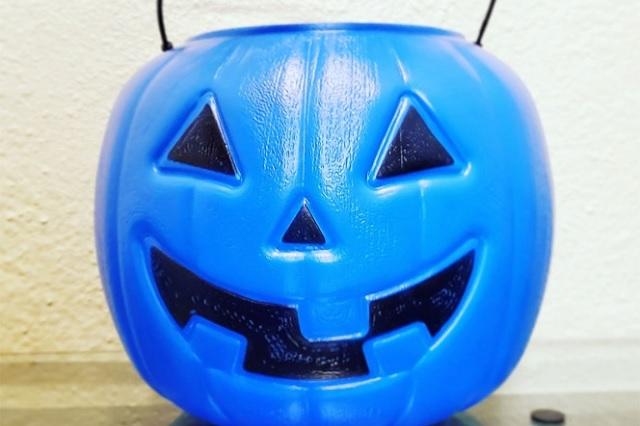 ¡Ojo! Alertan en Facebook por niños con una calabaza azul