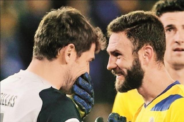 Iker Casillas se burla del mexicano Miguel Layún