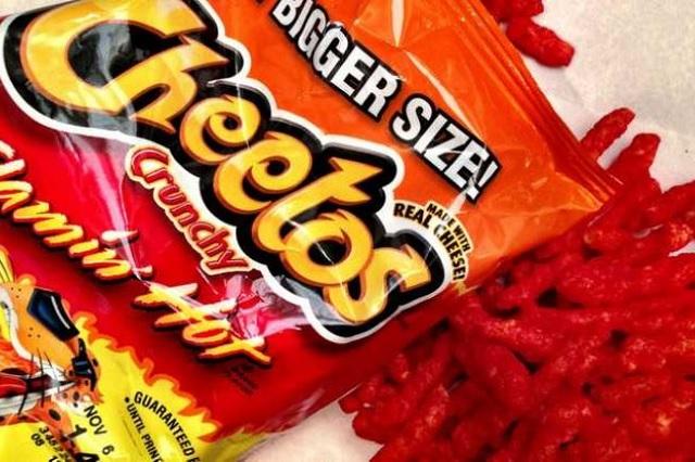 Cheetos tendrá su propia película dirigida por Eva Longoria