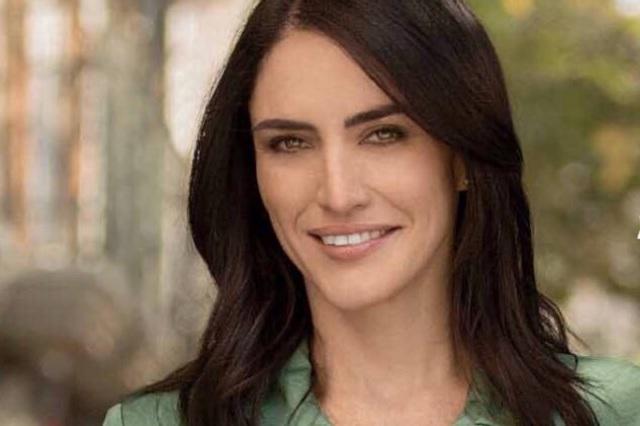 ¿Quién es Danielle Dithurbide, reportera que suplirá a Loret de Mola?
