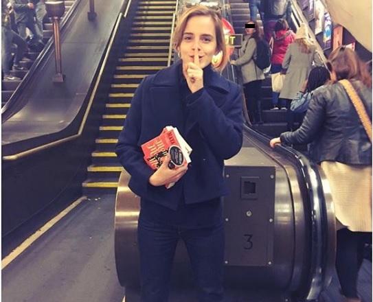 Emma Watson se dijo estresada por no conseguir los objetivos de su vida