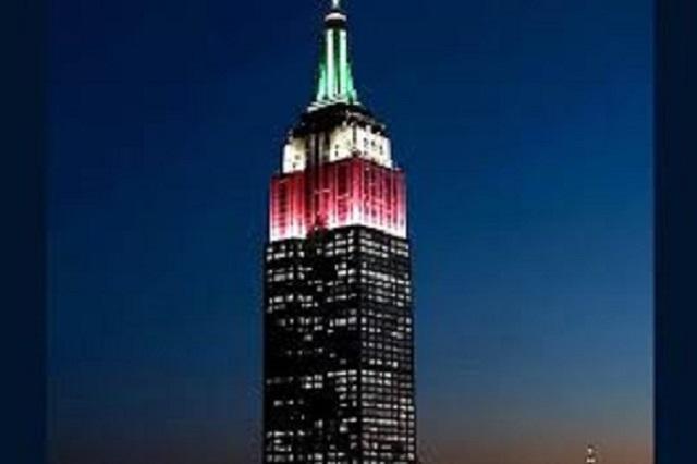 Empire State en Nueva York viste de colores mexicanos