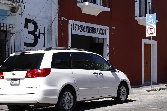 Una queja al mes por robo o daño en estacionamientos de Puebla
