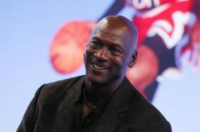Michael Jordan dona 1 MDD a damnificados por Huracán Dorian