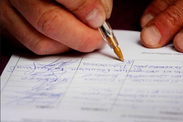 Buscan bajar dos veces firmas a independientes en Puebla
