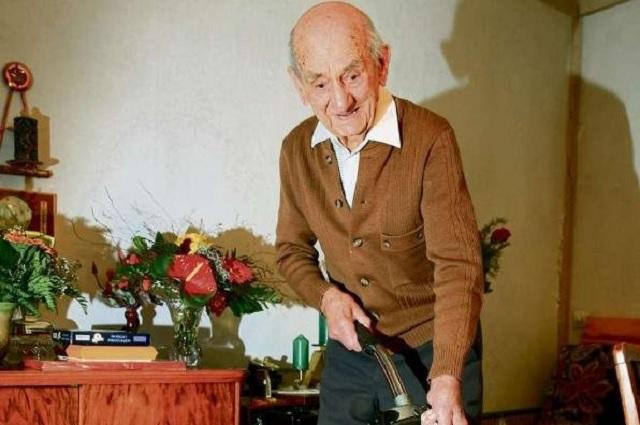 El hombre más viejo del mundo muere a los 114 años