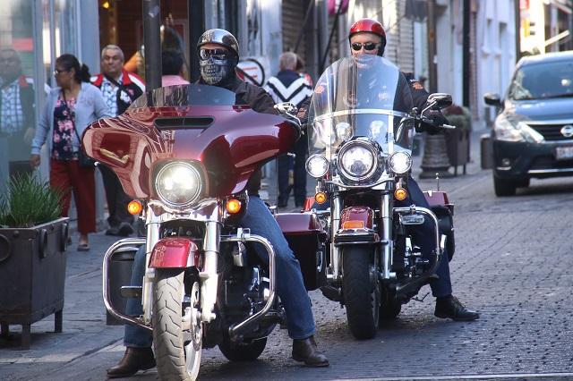 Habría hasta 9 motocicletas en esquinas del Centro Histórico