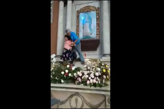 Video: Mujer es detenida por golpear Virgen de Guadalupe
