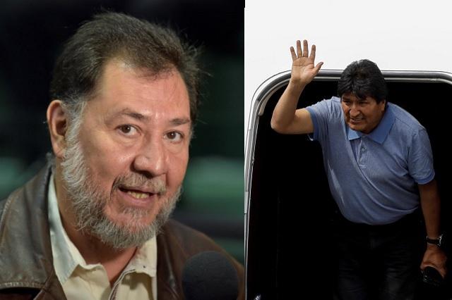 Desmiente Fernández Noroña supuesta cuenta bancaria para apoyar a Evo Morales