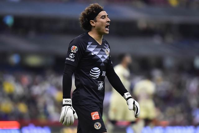 Guillermo Ochoa defiende al Piojo Herrera y lo compara con técnicos de Europa