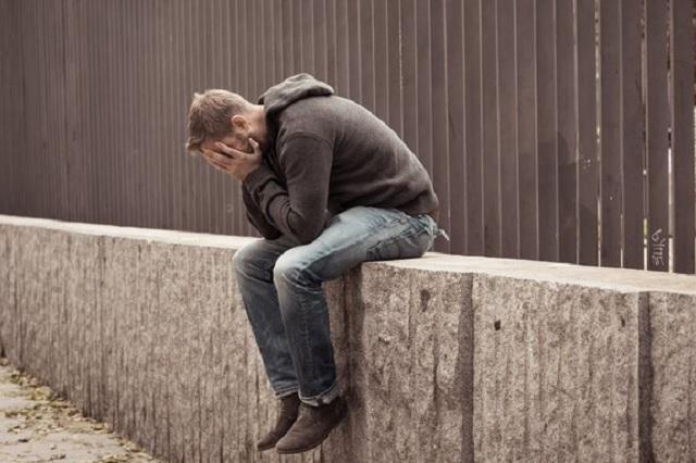 Advierte OMS que cada 40 segundos ocurre un suicidio