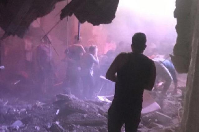 Video: Piso de antro no aguantó a 300 personas y colapsa
