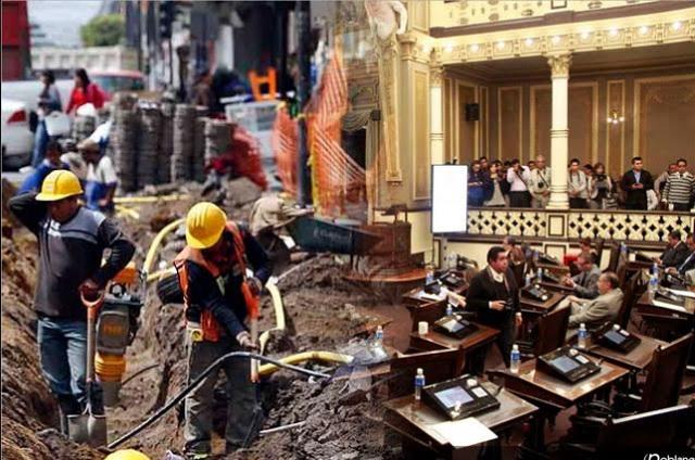 Congreso poblano contrata obras de remodelación en lo oscurito
