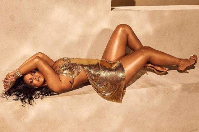 ¡Increíble! Así luce Rihanna en la portada de Vogue
