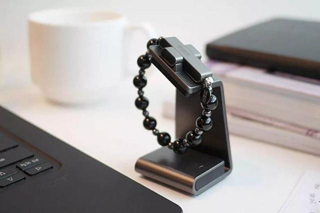 El Vaticano lanza un rosario compatible con celulares