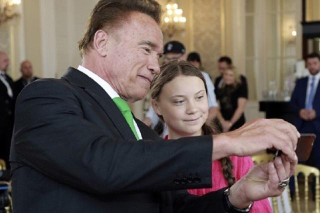 Greta Thunberg recibió increíble regalo de Arnold Schwarzenegger