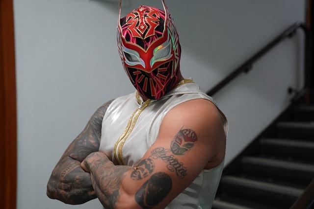 Sin Cara anuncia su retiro de la WWE