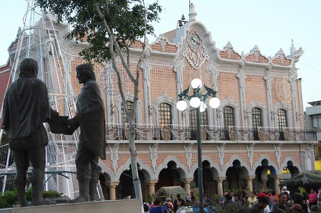 Sin licitación, el 92% de las compras y obras en Tehuacán