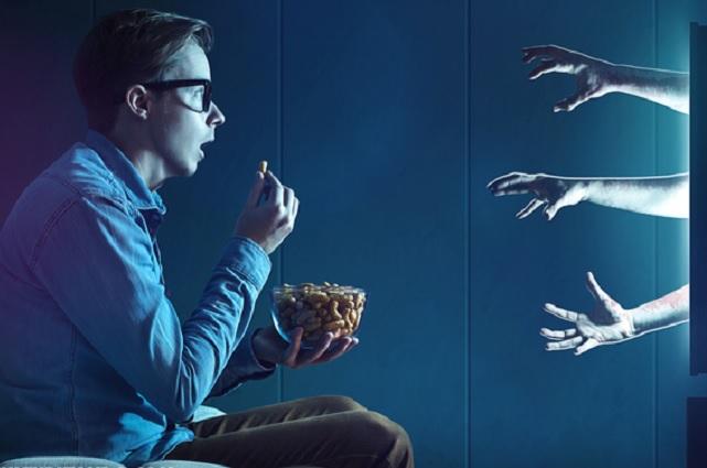 Ver películas de terror ayuda a bajar de peso