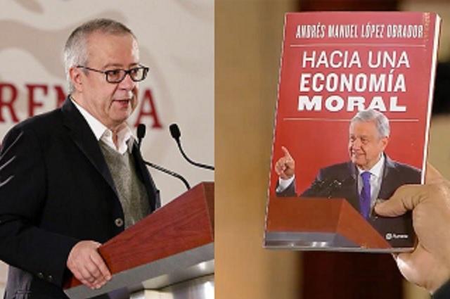 Carlos Urzúa, ex secretario de Hacienda, critica el libro de AMLO
