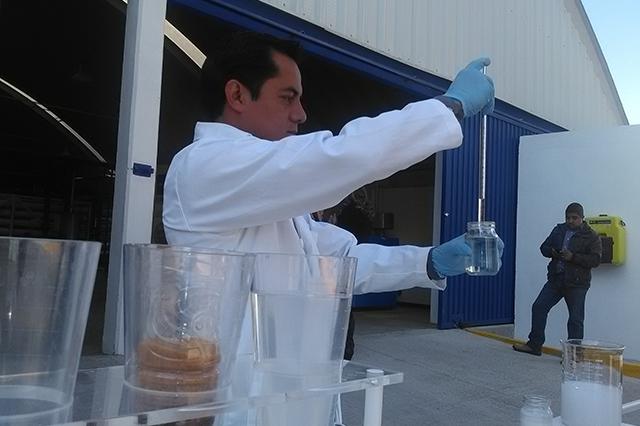 Potabilizan agua sulfurosa de la capital para 180 colonias del sur