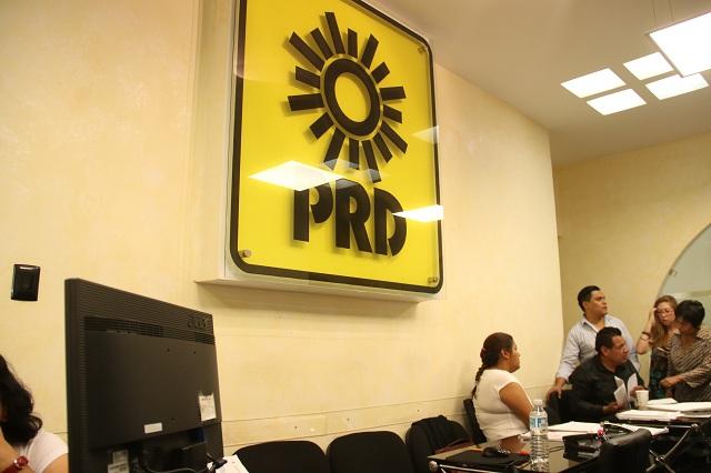 Desaparición del PRD se decide en Congreso, señala líder poblano