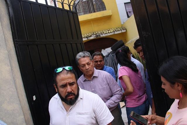Sacan documentación del PRD ante amago de llegada de Morena